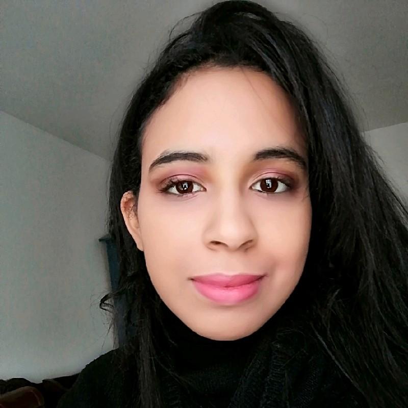 Salma Lakhdar